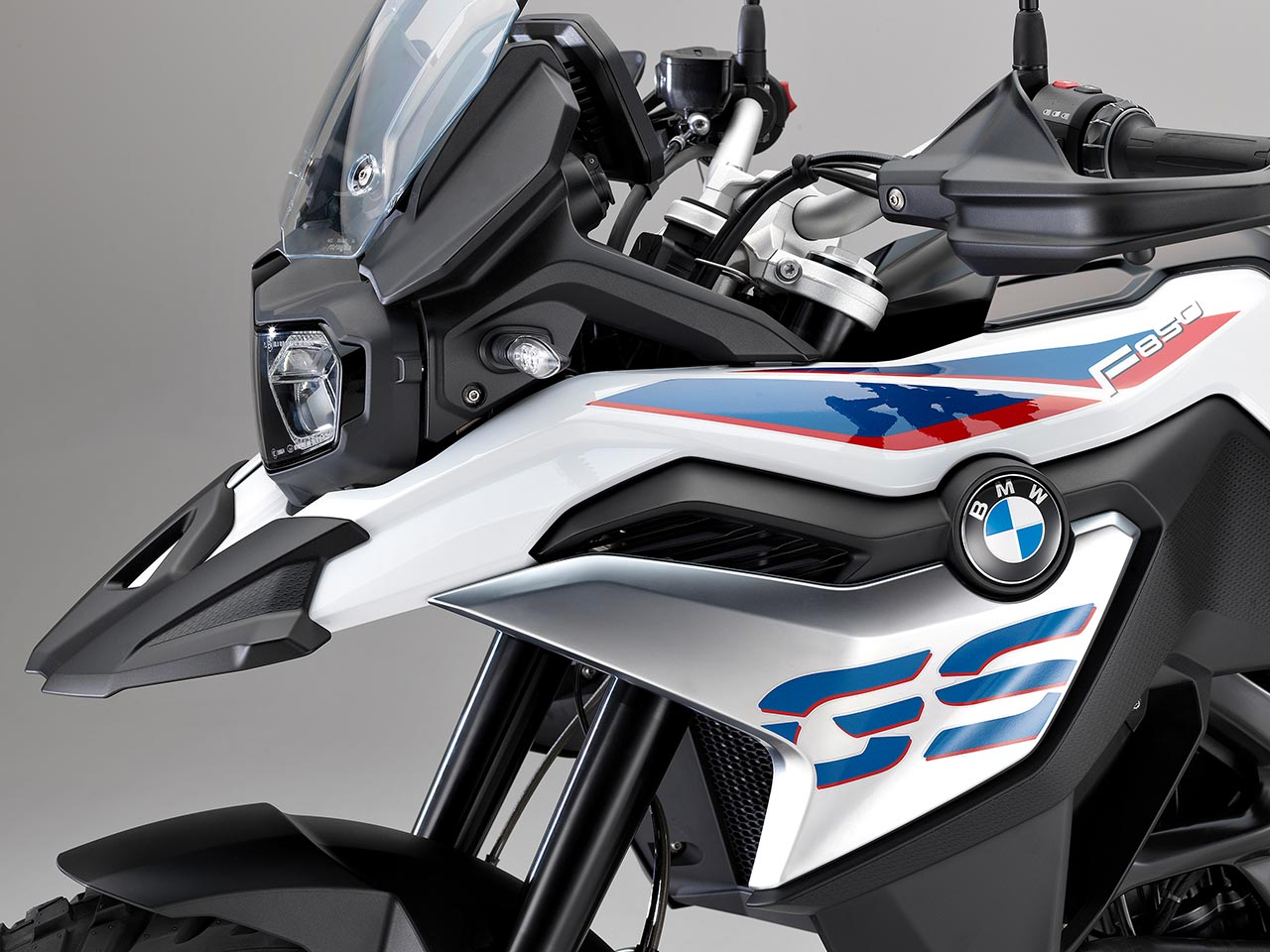 BMW F850GS styling